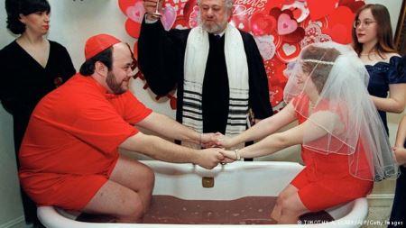 عجیب و غریب ترین عروسی ها