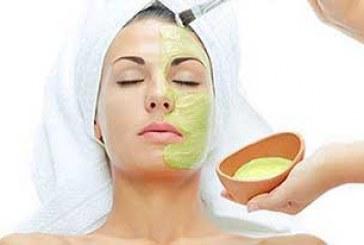 پوستی شفاف برای عروس با ماسکهای خانگی