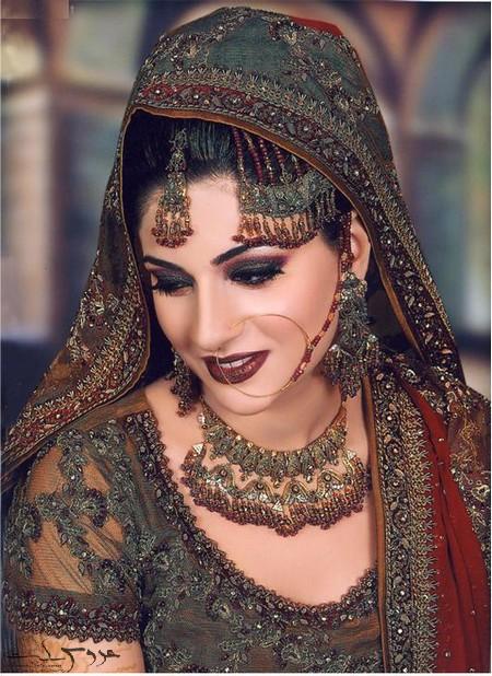 آرایش هندی برای مراسم عروسی
