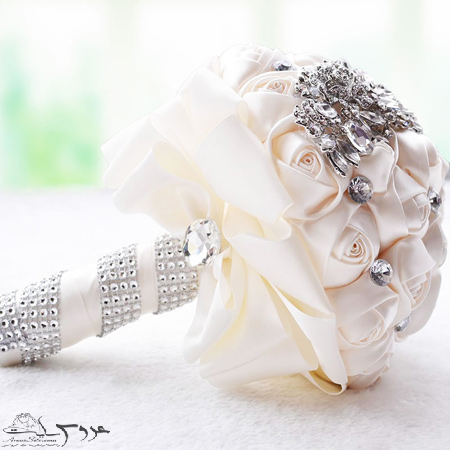 دسته گل های عروس سفید, دسته گل رنگی عروس