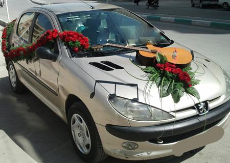 تزیین ماشین عروس,گل کاری ماشین عروس