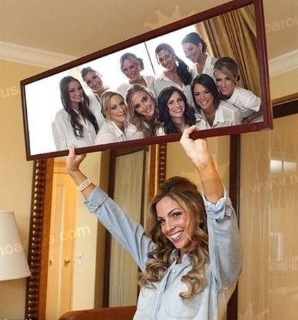 ژست عکاسی باساقدوش در آینه