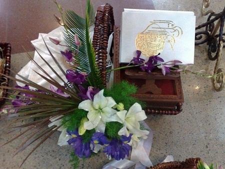 تزیین قرآن سفره عقد عروس - مدل های شیک و زیبای تزیین قرآن - تزیینات سفره عقد - تزئینات عقد و عروسی - چیدمان سفره عقد